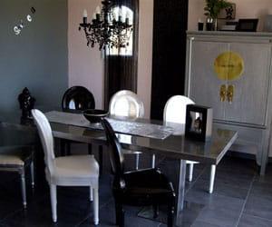 la salle à manger de tina