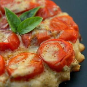 mini tatin aux tomates cerises et au roquefort