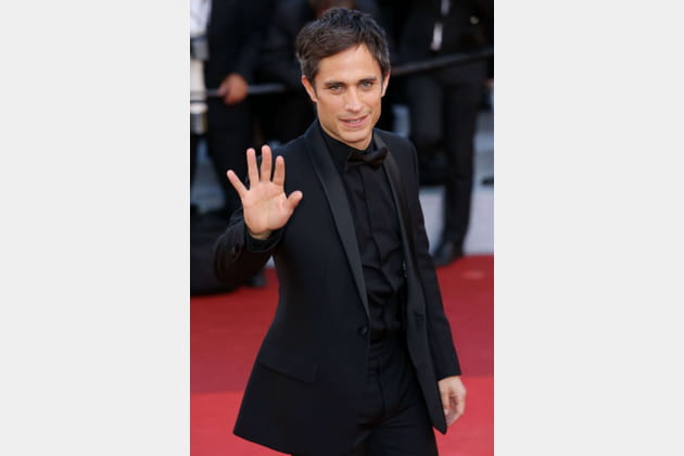 "Gael Garcia Bernal : ""high five"""