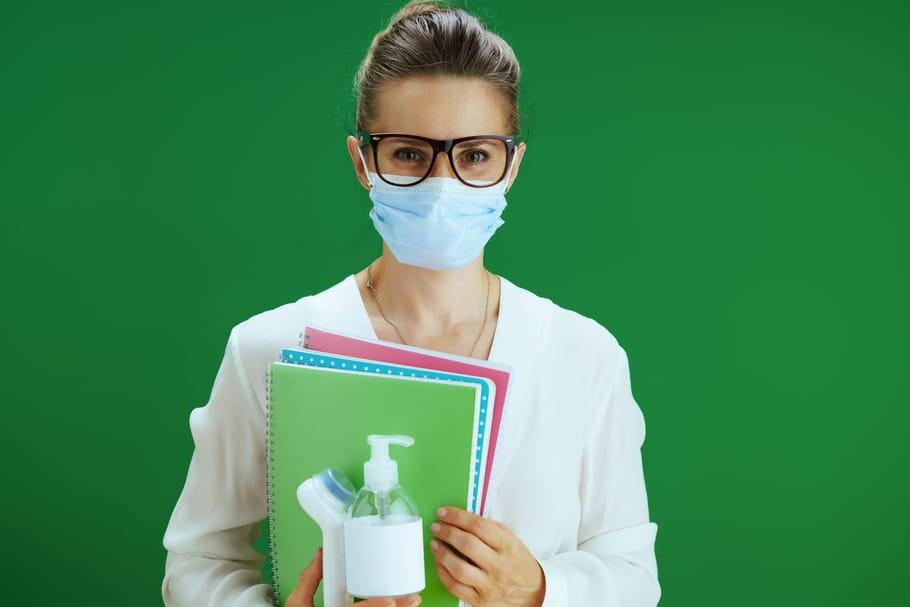 Masque à l'école: des masques toxiques distribués aux enseignants?