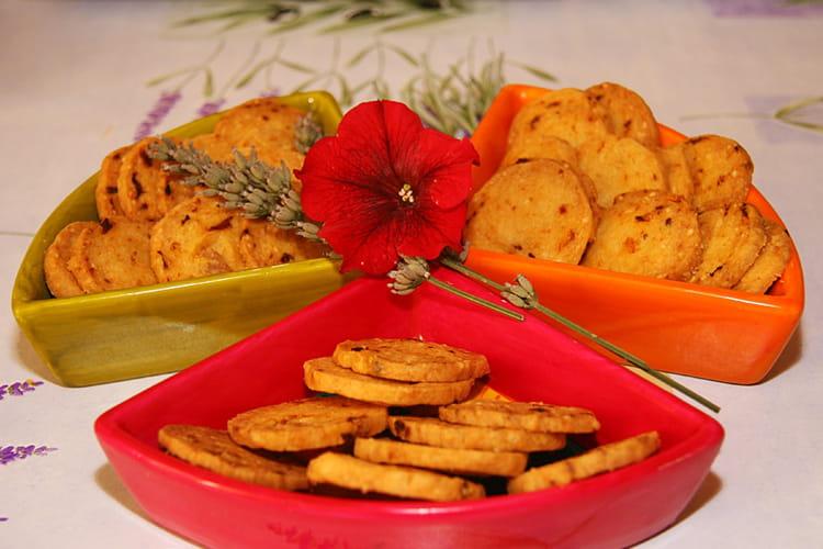 Recette de petits sabl s aux tomates s ch es la recette - Cuisiner les morilles sechees ...