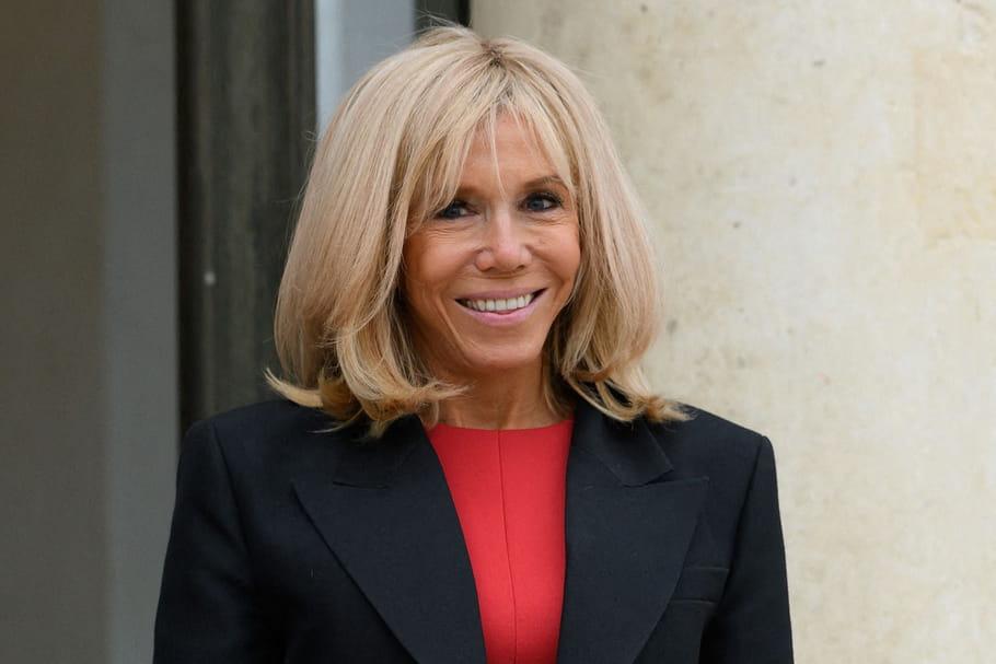 Découvrez combien dépense Brigitte Macron en coiffure et maquillage