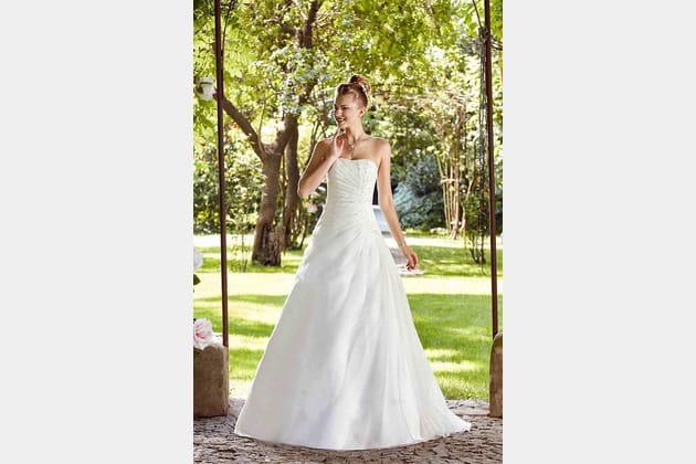 Robe de mariée Bucarest de Point Mariage