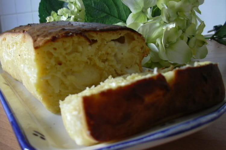 Cake tomme, oignons et pomme verte