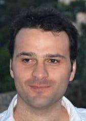 alexandre husson est généraliste remplaçant. il exerce depuis deux ans.