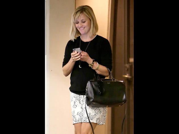 Reese Witherspoon et son sac Saint Laurent Paris