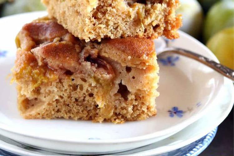 Gâteau moelleux aux reines-claudes