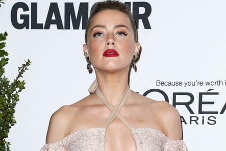 Amber Heard garde la tête haute après l'affaire Johnny Depp