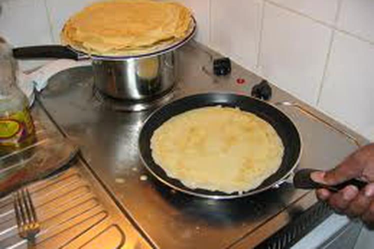 Pâte à crêpes au sucre vanillé et rhum