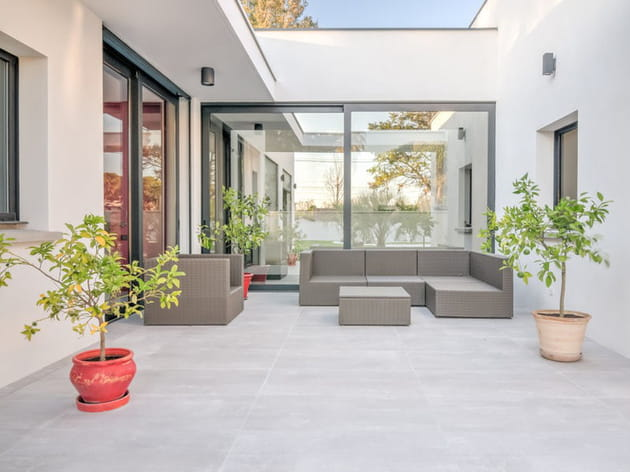Maison plain-pied patio