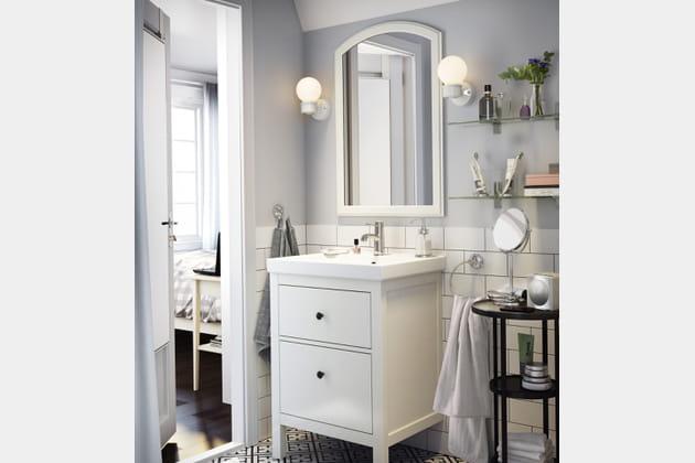 Meuble lavabo 2 tiroirs hemnes hagaviken par ikea for Meuble 3 tiroirs ikea