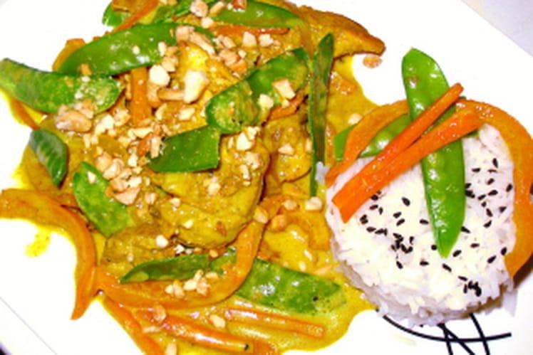 Curry doux de poulet aux légumes croquants