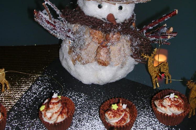 Mini coupelles chocolat marron