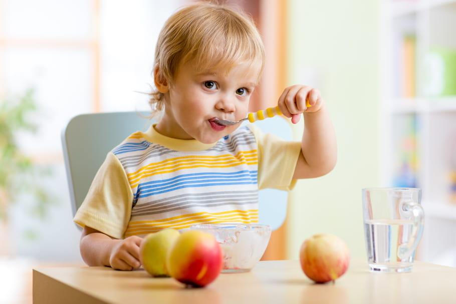 Les nouveaux repères de l'ANSES concernant l'alimentation de bébé