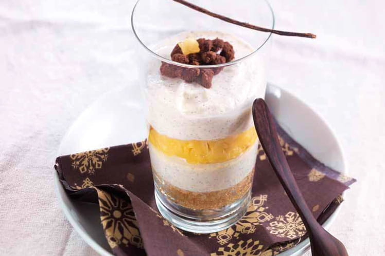 Verrines de Trifle au fromage à la crème Elle&Vire, cacao et passion-ananas