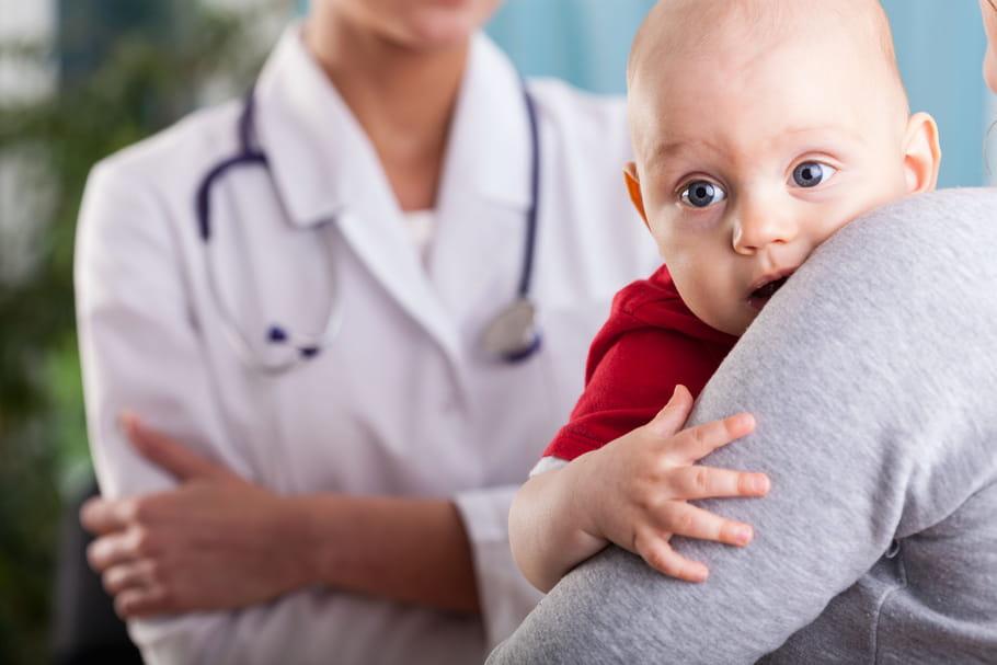 Gastro chez le bébé, l'enfant plus grand: que faire?