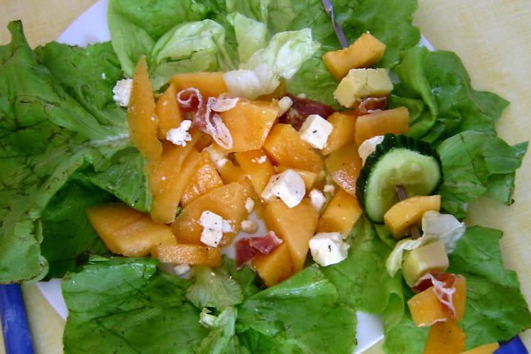 Salade et brochettes d'été