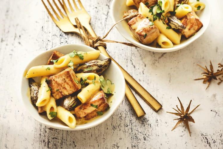 Macaronade au foie gras de canard & aux morilles