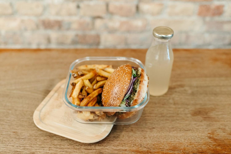 Uber Eats teste les emballages consignés avec Bioburger