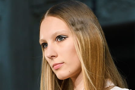 Alexis Mabille (Close Up) - photo 22