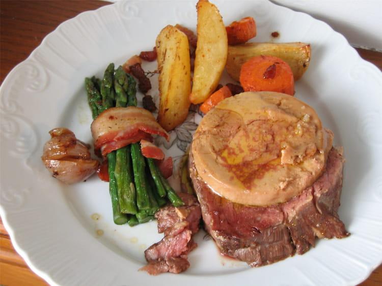 Recette de filet de boeuf rossini la recette facile - Cuisiner tournedos de boeuf ...