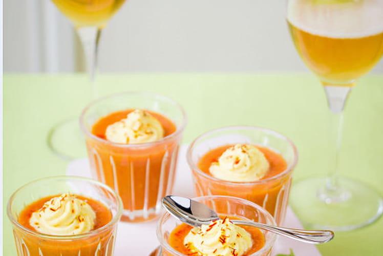 Gaspacho de tomates grappes, concombre et poivrons coriandre fraîche et chantilly crémeuse safranée au cidre
