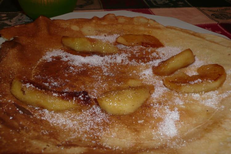 Crêpes aux pommes caramélisées
