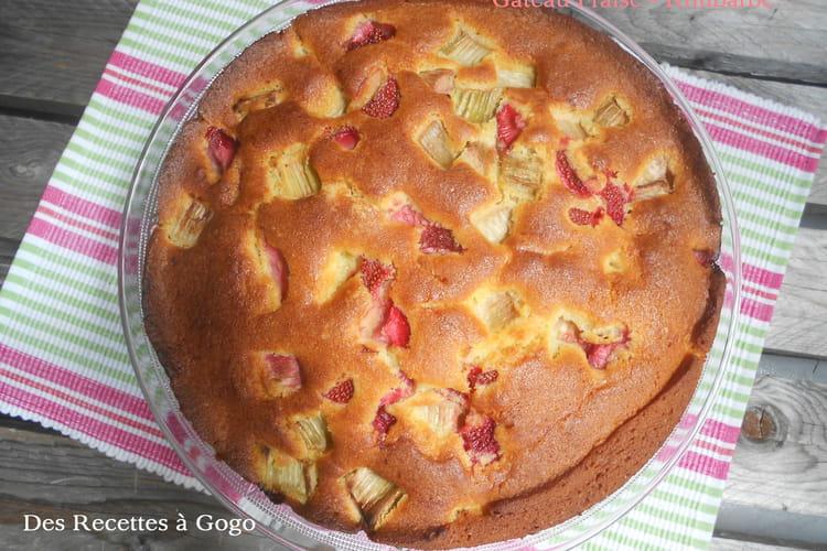 Gâteau fraise-rhubarbe