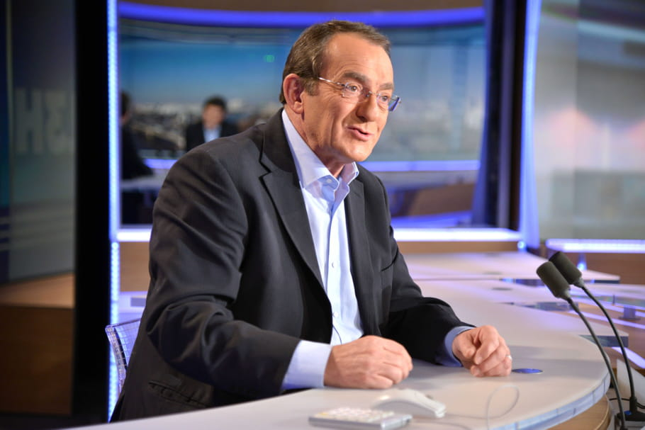 """Jean Pierre Pernaut: son coup de gueule contre les Français """"collés-serrés"""""""
