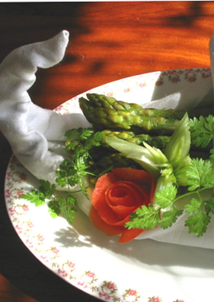 Recette asperges vertes sauce aux myrtilles la recette - Cuisiner les asperges vertes ...