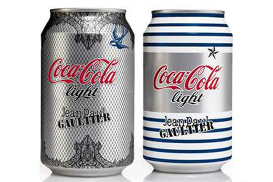 jean paul gaultier rhabille les canettes coca cola light. Black Bedroom Furniture Sets. Home Design Ideas