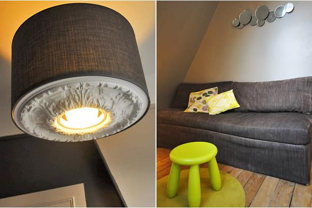 Luminaire et canapé gris