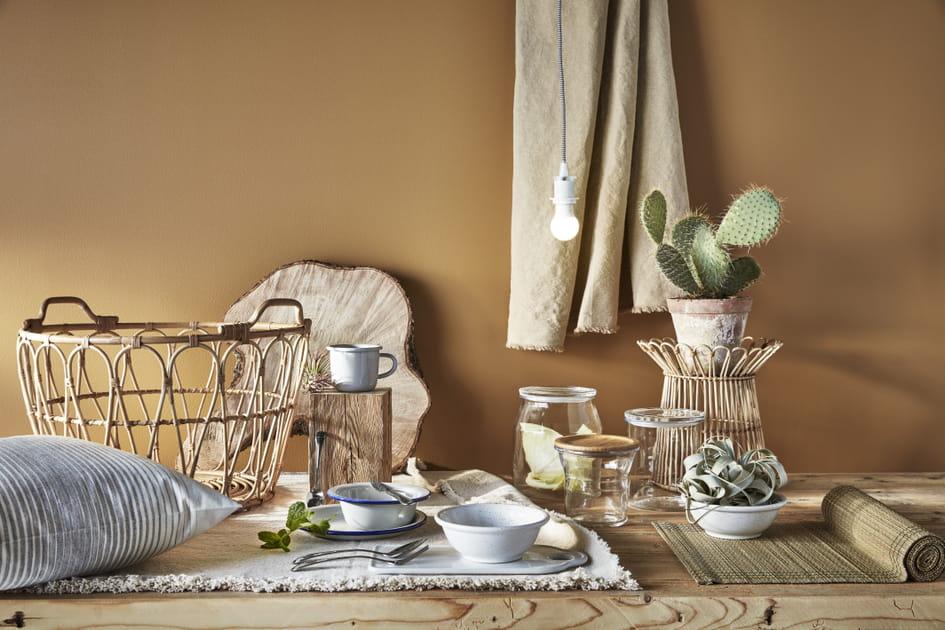 Matières naturelles pour décorer la table