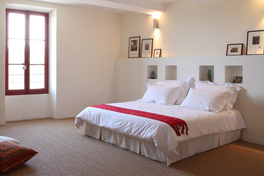 un jet de lit relooker sa chambre avec moins de 50 euros journal des femmes. Black Bedroom Furniture Sets. Home Design Ideas
