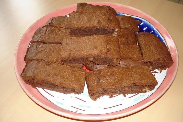 Petits gâteaux au chocolat et aux noix