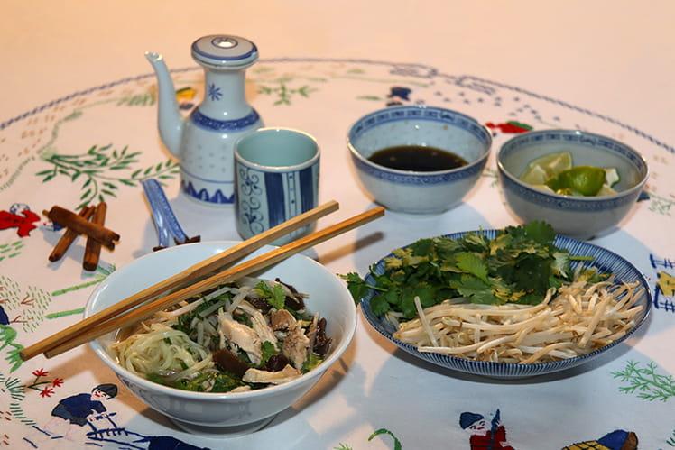Phở gà, soupe vietnamienne au poulet