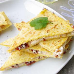 quesadillas fromage frais et tomates confites