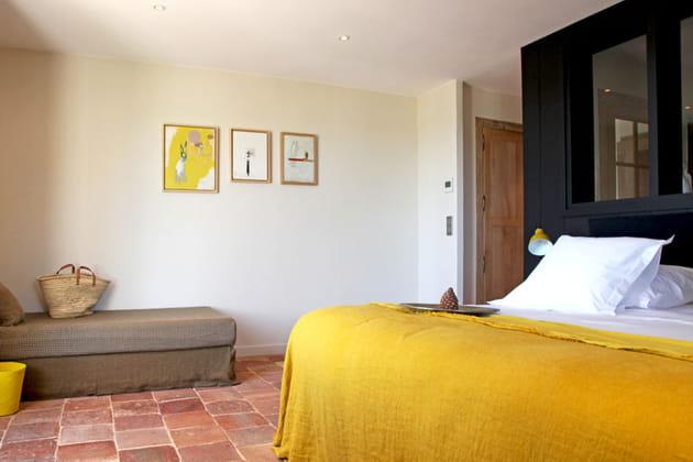 Dessus de lit et accessoires jaunes
