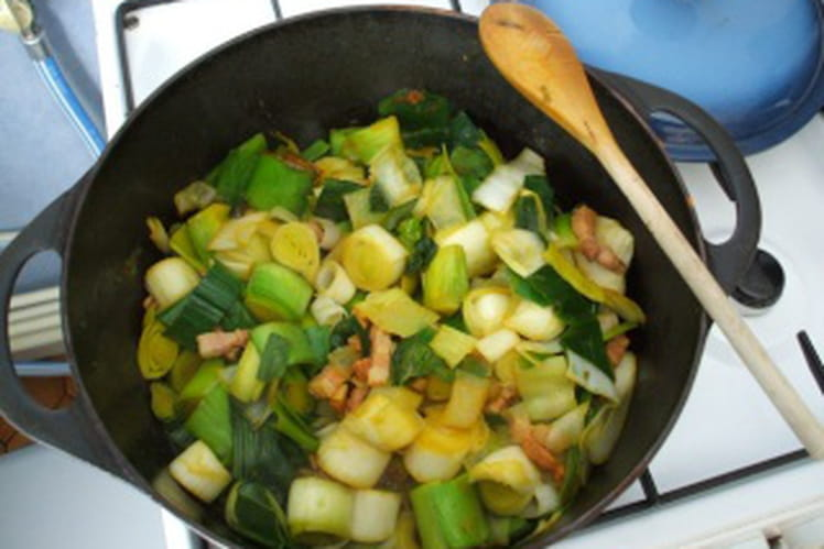 Fondue de poireaux et lardons fumés au curry
