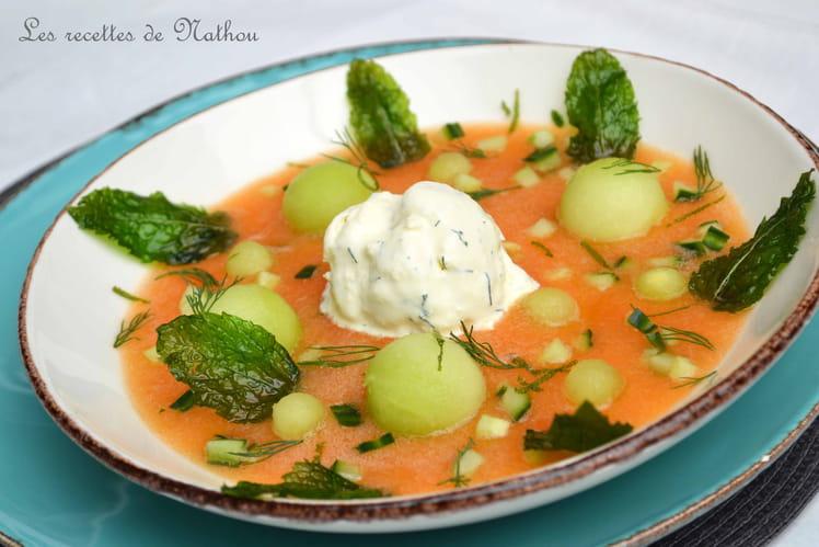 Soupe aux deux melons, concombre, menthe, mascarpone glacée au citron vert et aneth