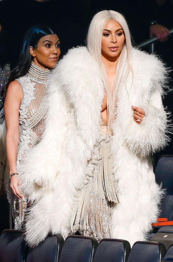 Kourtney et Kim Kardashian