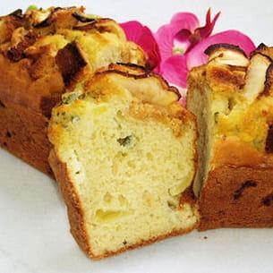 cake au roquefort, pommes et pain d'épice