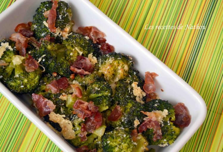Recette de brocolis po l s la pancetta et au parmesan - Cuisiner des brocolis ...