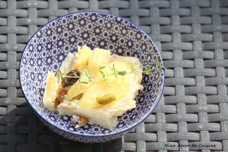 Gratin de pommes de terre, poires et bleu