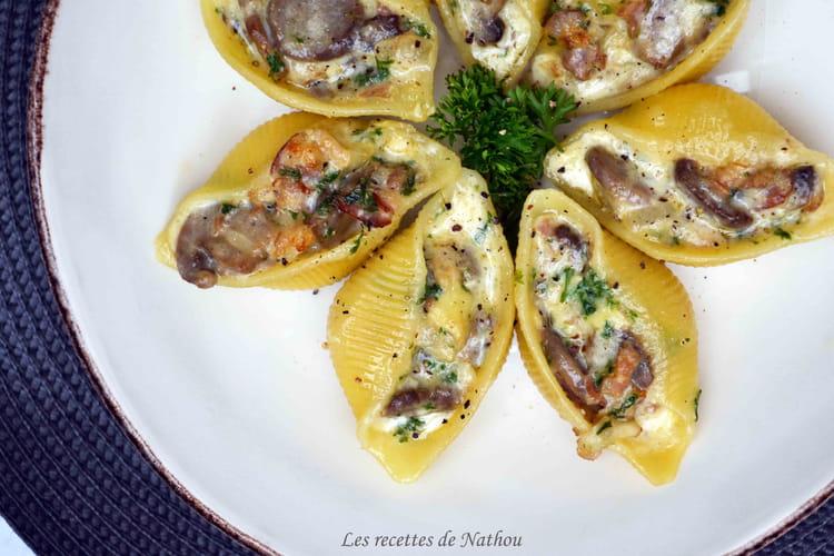 Pâtes Conchiglioni farcies au lard, champignons et Reblochon