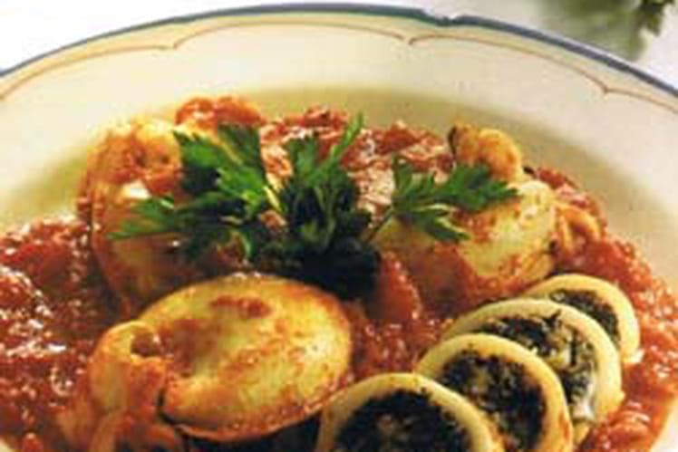 Calamars farcis aux tomates et basilic