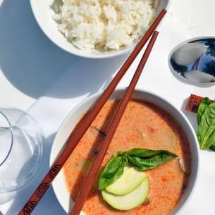 curry rouge au porc, courgettes et aubergines