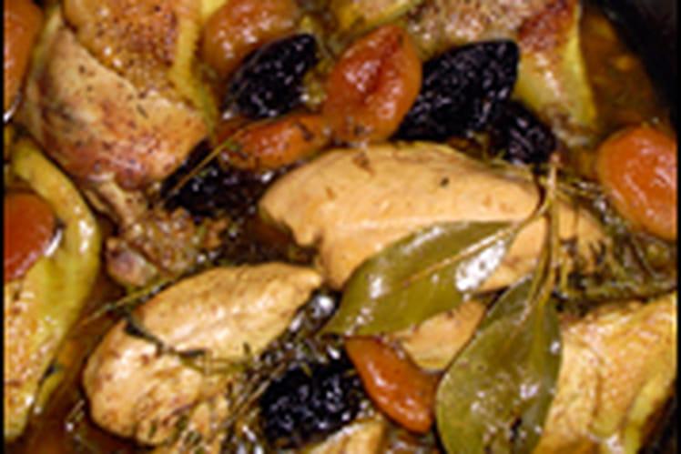 Confit de poulet aux épices et fruits secs