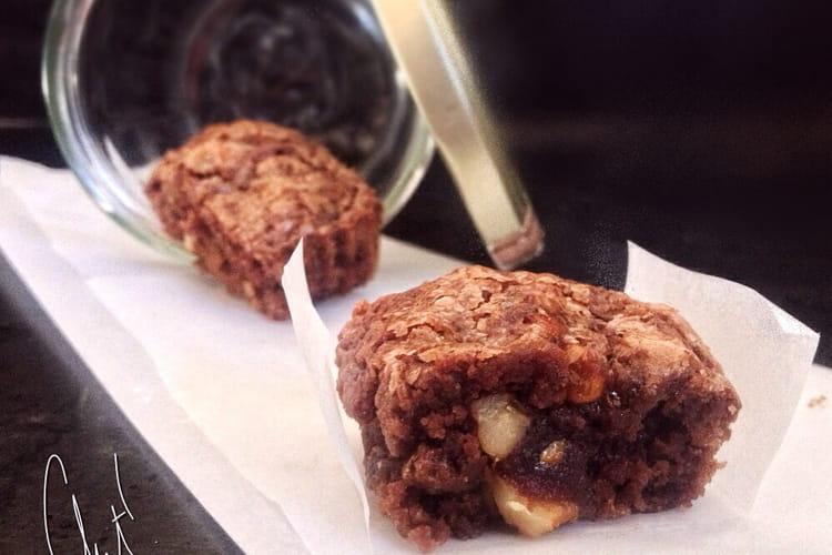 Brownie aux noix et au miel