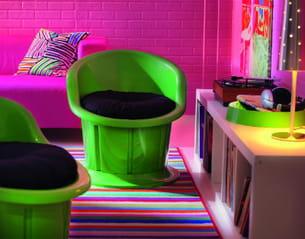 tendance fluo. Black Bedroom Furniture Sets. Home Design Ideas